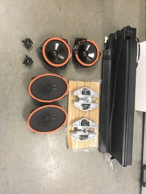 2014+ Toyota Tundra crew max stock JBL stereo system for Sale in Portland, OR