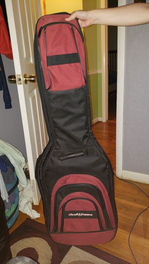 Guitar/bass case for Sale in Fairfax, VA