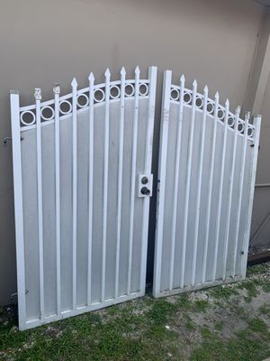 Gate 8 ft x 6 ft , for Sale in Hialeah, FL