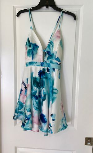 Floral dress size M for Sale in Dallas, TX
