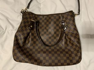 Louis Vuitton bag for Sale in Atascocita, TX