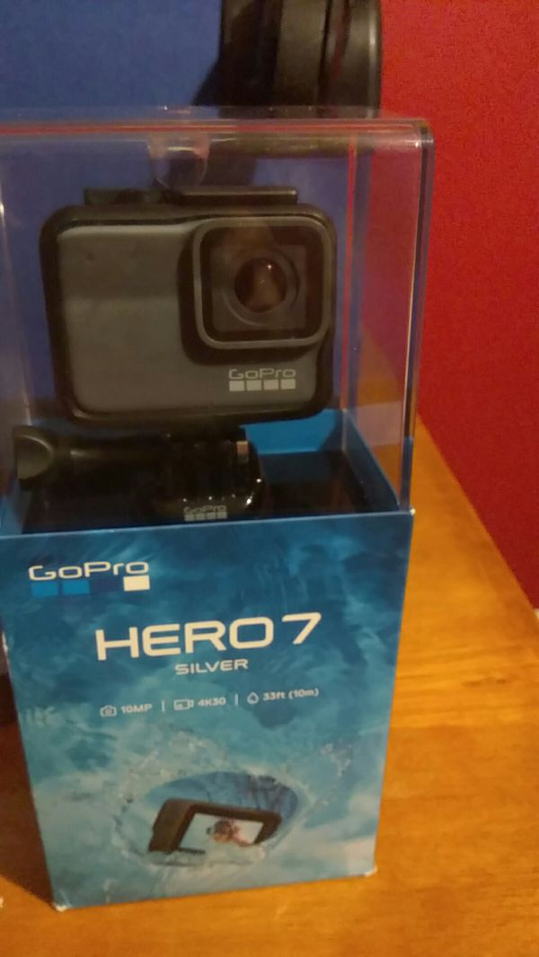 Never used GoPro HERO 7 silver for sale