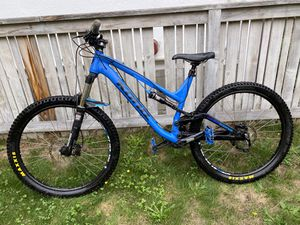 Kona Process 134 Size Large 27.5 2015 Full Suspensions Mountain Bike for Sale in Seattle, WA