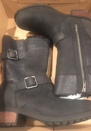 Ugg Australia size 9.5 for Sale in Hayward, CA