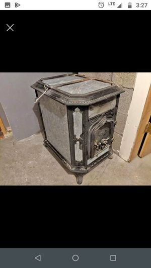 Woodstock Soapstone Classic 200 wood stove. for Sale in Erie, PA