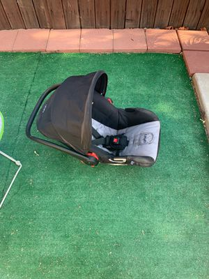 Baby car seat for Sale in Moreno Valley, CA