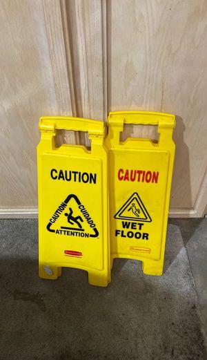 2 Wet Floor Signs for Sale in Sacramento, CA