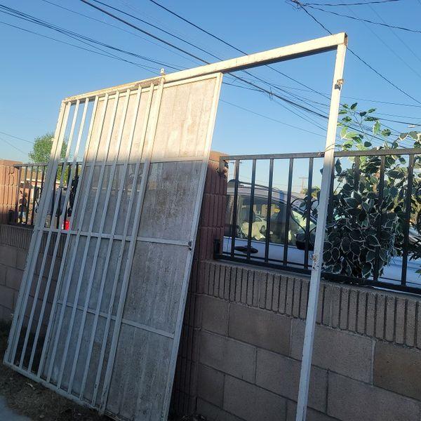Puerton Mide De Ancho 97 Imedio Y 88 De Largo
