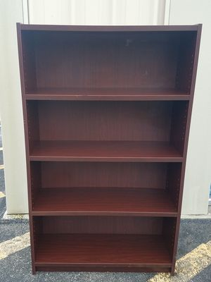 Bookshelf 4 Drawer for Sale in Bartow, FL