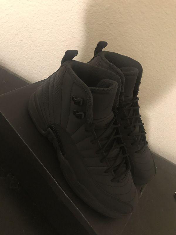 Retro Jordan winter 12 size 7 VNDS