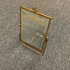 Vintage Mirror for Sale in Highland, MD