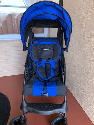 Kolcraft stroller for Sale in Hialeah, FL