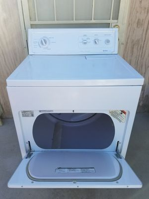 KENMORE LARGE CAPACITY GAS DRYER for Sale in Pico Rivera, CA