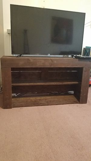 TV stand/shelf for Sale in Pittsburgh, PA