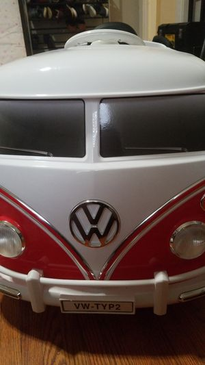 Rollplay VW Type 2 Bus 6-Volt Battery-Powered Ride-On for Sale in Tampa, FL