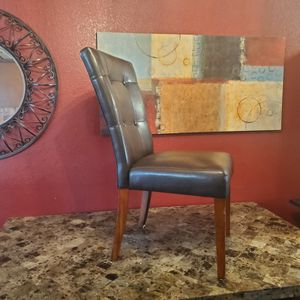 Marble Table & 4 Chairs for Sale in Kent, WA