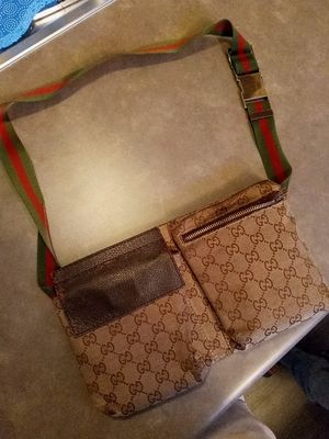 Gucci fanny pack vintage for Sale in Mountlake Terrace, WA