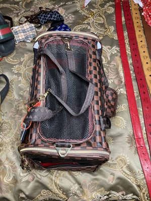 Pet carrier, Limited edition for Sale in Accokeek, MD