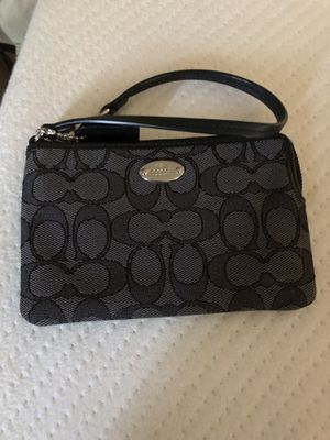 Coach wristlet for Sale in Dundalk, MD