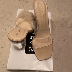 Nude & Clear Heels Size 7, Worn Once for Sale in Las Vegas,  NV