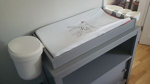Infant changing table for Sale in Brooklyn, NY