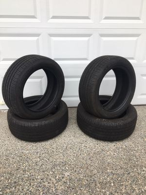 225/50R17 practically Brand New tires for Sale in Auburn, WA