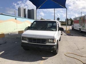 1996 Ford Econoline for Sale in Miami, FL
