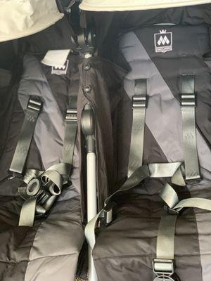 maclaren twin triumph double stroller for Sale in PA, US