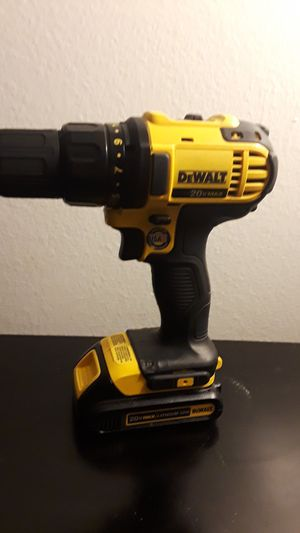 Is like new dewalt drill DCD780 for Sale in Los Angeles, CA