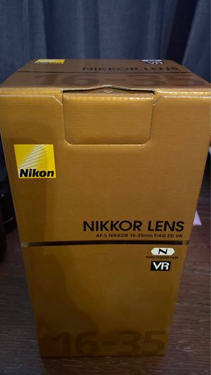 Nikon 16-35mm lens with VR for Sale in Guadalupe, AZ