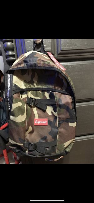 Supreme Camo Backpack for Sale in Santa Clarita, CA