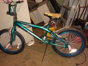 """Girls bike 20""""s for Sale in Fresno, CA"""