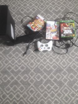 Xbox 360 And TV for Sale in Tacoma,  WA