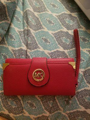 MK wristlet wallet for Sale in Broxton, GA