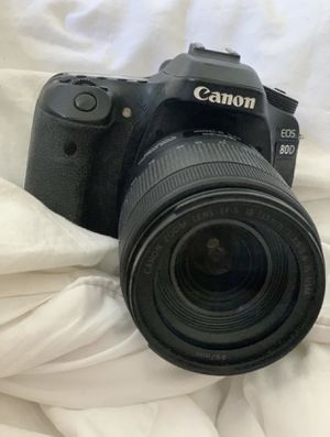 Canon 80D + body + lens + charger for Sale in Brooklyn, NY