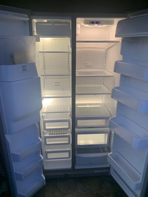 maytag refrigerator for Sale in Suisun City, CA