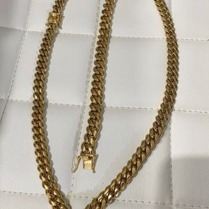 Cuban link chain set for Sale in Hollywood, FL