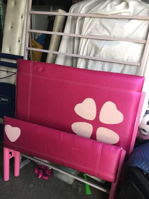 Twin bed frame for Sale in Ontario, CA