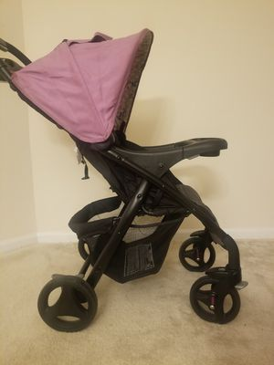 Graco car seat with stroller for Sale in Germantown, MD