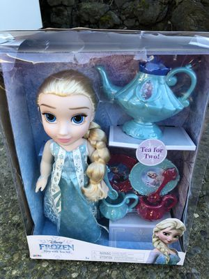 FROZEN ELSA DOLL for Sale in Tacoma, WA