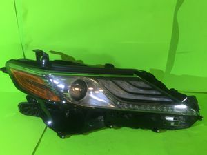 2018 2019 2020 TOYOTA CAMRY LED HEADLIGHT WITH THREE STRIP DRL OEM RIGHT SIDE for Sale in San Marcos, CA