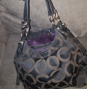 Coach purse for Sale in Cleveland, OH