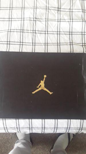 Air Jordan 1 MID size 9 in men for Sale in LAKE TAPWINGO, MO