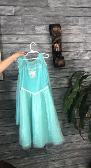 Elsas Dress From Frozen Halloween for Sale in Orlando, FL