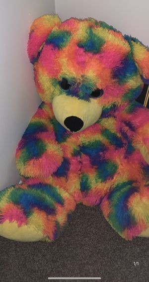 4 foot Teddy Bear for Sale in Columbus, OH