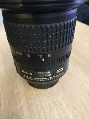 Nikon 10-24mm 1:3.5-4.5 G ED Lens for Sale in Downers Grove, IL