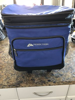 Ozark Trail 42-Can Cooler with Removable Hardliner for Sale in Chicago, IL