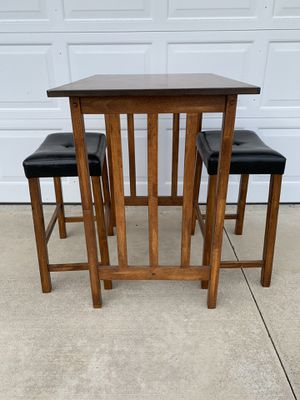 Small Breakfast Table Set for Sale in Huntington Beach, CA