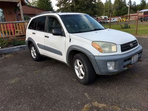 2001 Toyota RAV4 w/ Blue Ox tow bar for back of RV camper towing. for Sale in Hoquiam, WA