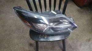 2012-2014 ford focus ST xenon headlight right side for Sale in Hamtramck, MI
